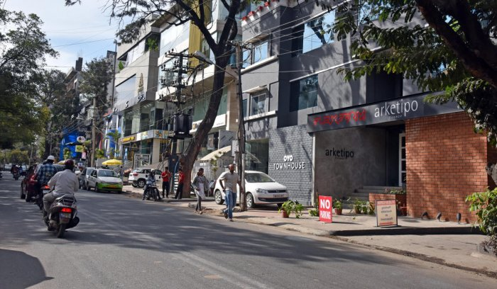 According to the latest data, 120 shops were shut in the East zone that covers Indiranagar, HAL II Stage and III Stage. East zone residents have been fighting against the commercial establishments violating zoning regulations for a long time now. (DH file photo for representation)