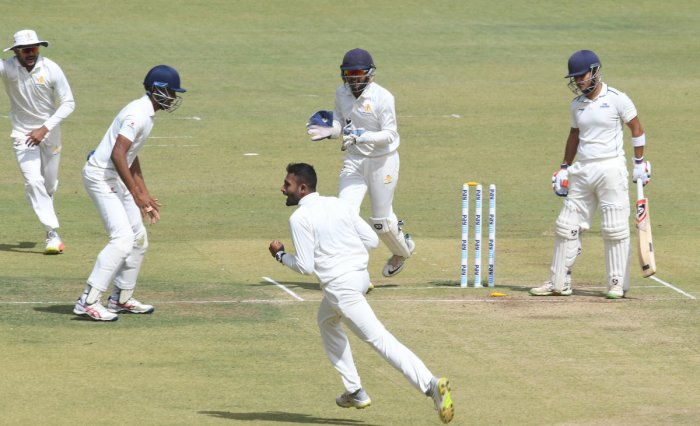Shreyas Gopal (3/52) and K Gowtham (4/54) made sure the target remained below 200 for Karnataka. (DH Photo)