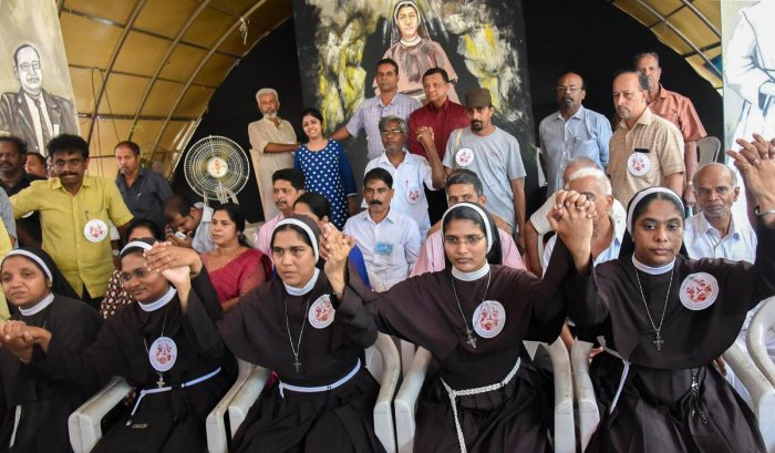 Sisters Anupama, Josephine, Alphy, Neena Rose and Ancita, who had been agitating against the rape accused bishop ending their stir in Kochi, on September 22, 2018. PTI file photo