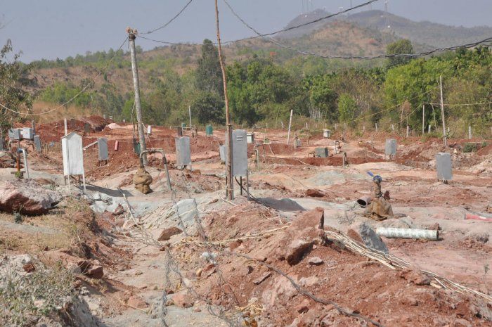 More than 50 borewells, all unauthorised, were sunk on one acre of groundwater-rich gomala, about 4 km from the village. Pipelines have been laid from the gomala to the arecanut plantations and farms in and around the village.