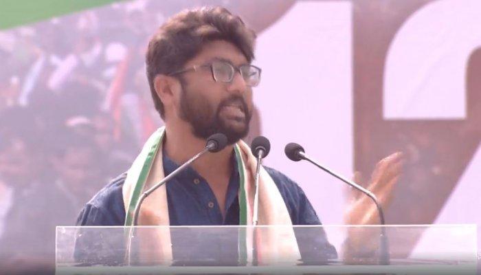 Jignesh Mevani speaking at the TMC-organised opposition rally at Kolkata.