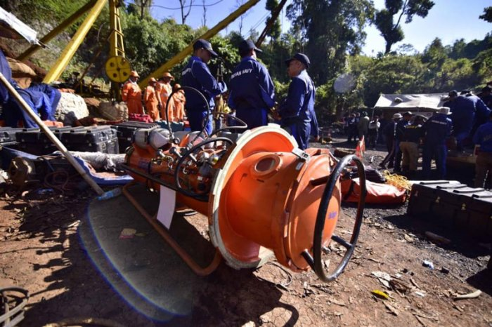 This comes amid the ongoing search in a flooded rat-hole mine in East Jaintia Hills district, where 15 miners got trapped on December 13 while extracting coal. Navy divers have detected the body of a miner, but have not been able to retrieve it yet. (DH File Photo)