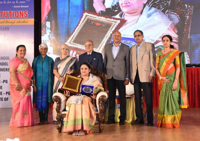 Athlete Vandana Rao was felicitated at the valedictory function of Besant centenary celebrations organised at Dr T M A Pai International Convention Centre in Mangaluru on Saturday.