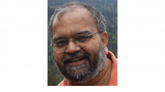 Satish Deshpande.