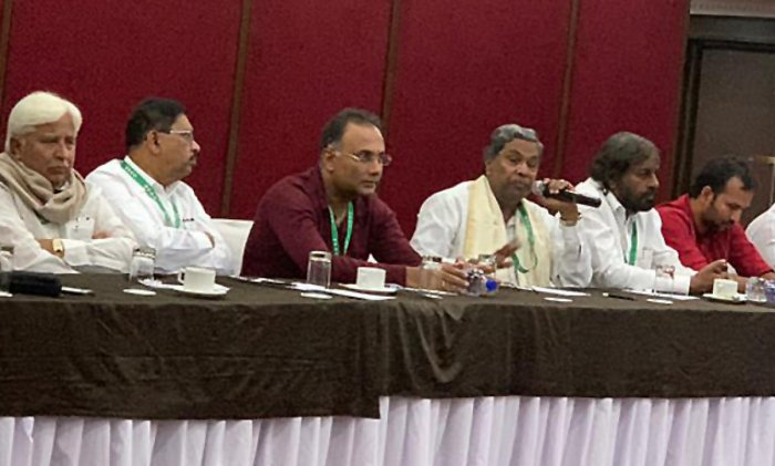 CLP leader Siddaramaiah having a meeting with KPCC party president Dinesh Gundurao, minister Dr. G Parameswara, MLA H K patil and KPCC working president Eswar khandre at a resort in Bengaluru on Saturday.