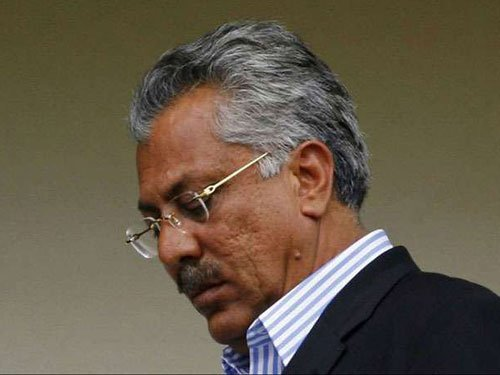 Pakistan's legendary batsman Zaheer Abbas joined the badwagon of former greats terming Indian captain Virat Kohli as the best batsman in world cricket who will break all the records of Sachin Tendulkar. File photo