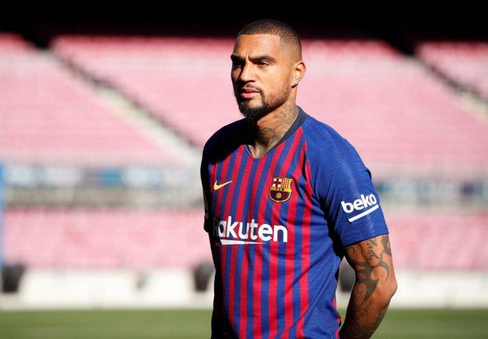 Barcelona Make Surprise Boateng Signing Deccan Herald