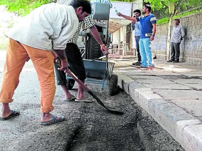 Local residents were thrilled as the funds would go towards restoring several motorable roads. (DH File Photo. For representation purpose)