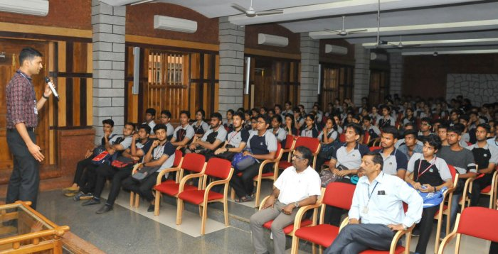 Ankith S Kumar, student counsellor, addresses students of Sahyadri College of Engineering and Management in Mangaluru.