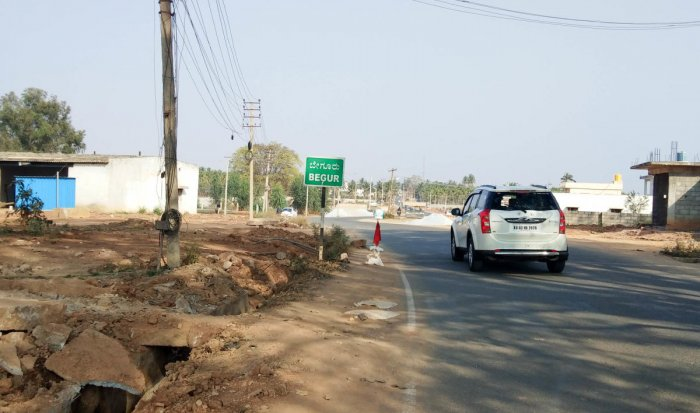 The BBMP is redoing the old road from Bagalur to Begur, which will serve as an alternative route to the KIA. DH photo