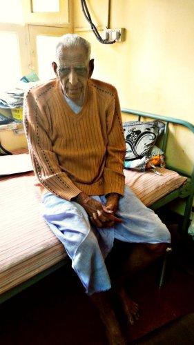 H S Doreswamy at his house in Jayanagar.