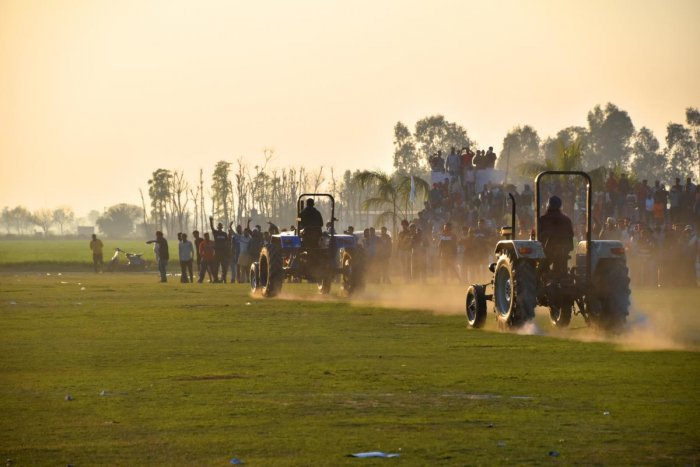 Among the most popular and prestigious events at the Kila Raipur Games is the tractor race. After a few rounds of preliminaries pitting two racers against each other, the finals are held.