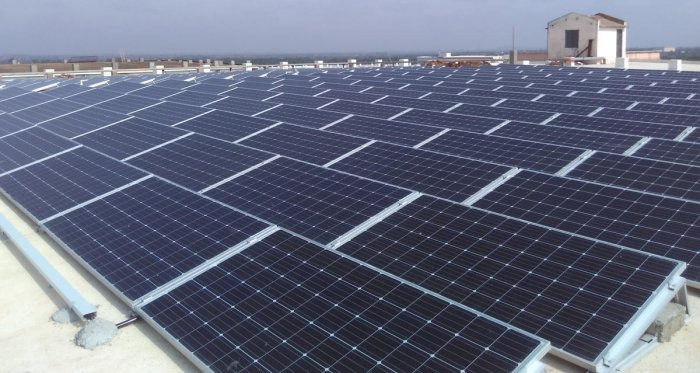 The department is working towards adding 750 MW from the Pavagada solar plant to the grid by July. DH file photo