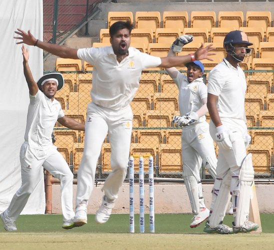 HOWZAT? There were many decisions from this semifinal alone that came under scrutiny and they were not always against Karnataka. DH PHOTO/SRIKANTA SHARMA R