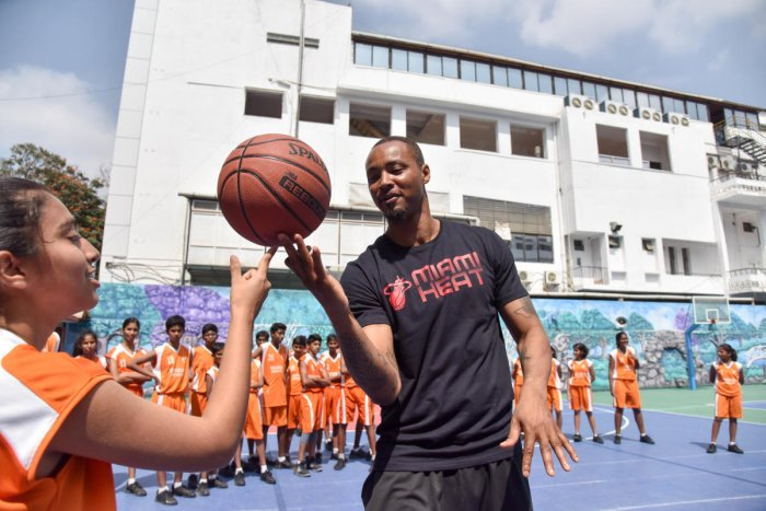 Former NBA All-star Rashard Lewis at an event in Bengaluru on Tuesday. DH PHOTO/ BH Shiva Kumar