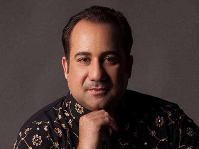The Enforcement Directorate (ED) has issued a show cause notice against Pakistani singer Rahat Fateh Ali Khan in connection with an alleged foreign exchange violation case against him, officials said Wednesday. Source: twitter