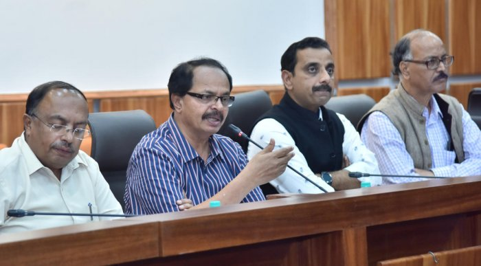 (From left) Nagathihalli Chandrashekar, chairman, Chalanachitra Academy; Pankaj Kumar Pandey, secretary, Department of Information and Public Relations; BIFFes artistic director N Vidyashankar at a press conference on Wednesday. dh photo by Janardhan B K