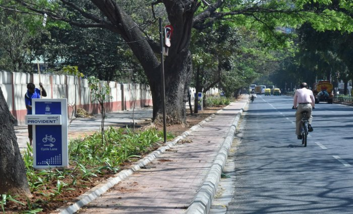The dedicated cycle lane on Cubbon Road. DH PHOTO/JANARDHAN B K
