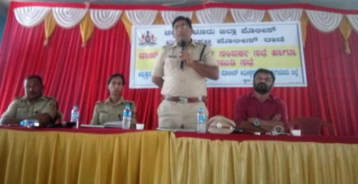 SP Harish Pandey speaks at Janasamparka Sabhe organised by the Police Department at Ramanahalli in Chikkamagaluru on Thursday.