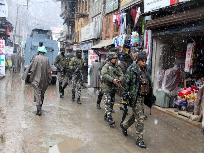 """A police spokesman said that the militants lobbed a grenade at 132 Battalion Central Reserve Police Force (CRPF) stationed at Palladium in Lal Chowk at around 6:45 pm. """"Officers attended the crime spot and found that four policemen, three CRPF personnel and four civilians were injured in the attack,"""" he said. DH File Photo."""