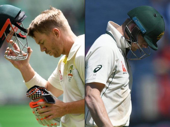READY FOR RETURN: Australia's Steve Smith and David Warner (left) could be called up for the fourth ODI of the five-match series against Pakistan starting March 22. AFP File Photo