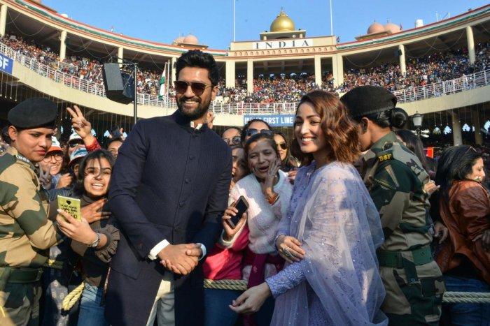 Indian actor Vicky Kaushal and bollywood actress Yami Gautam. (AFP File Photo)