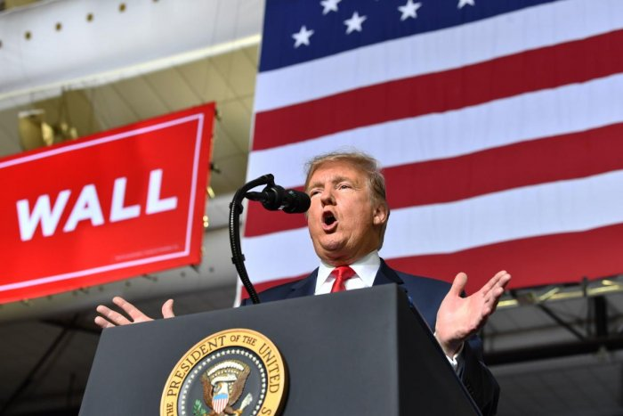 US President Donald Trump speaks during a rally in El Paso, Texas on February 11, 2019. (AFP Photo)