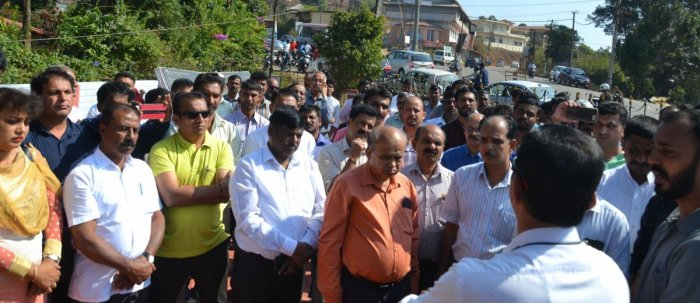 Tributes were paid in Madikeri on Friday to the martyrs of Pulwama.
