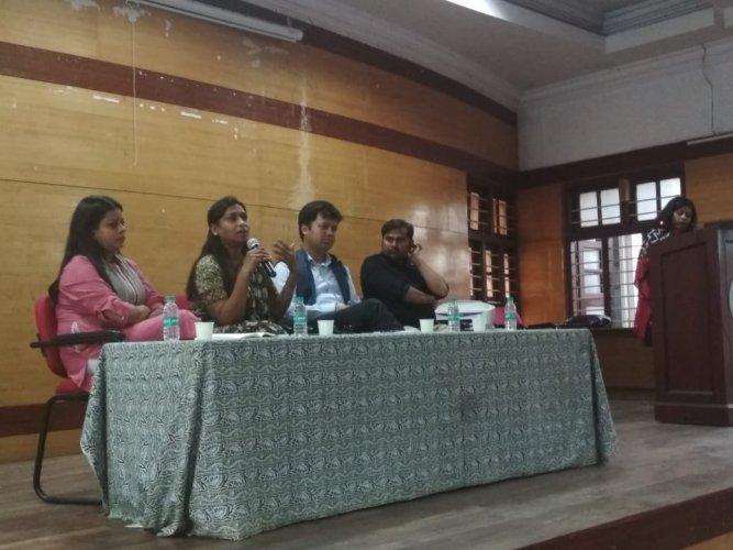 Surabhi Dwivedi from the National Students' Union of India (NSUI), Asha Kotwal of the All India Dalit Mahila Adhikar Manch (AIDMAM), Ashish Chauhan from Akhil Bharatiya Vidyarthi Parishad (ABVP) and Gururaj Desai from the Student Federation of India (SFI) in conversation at Gandhi Bhavan. (L) to (R)