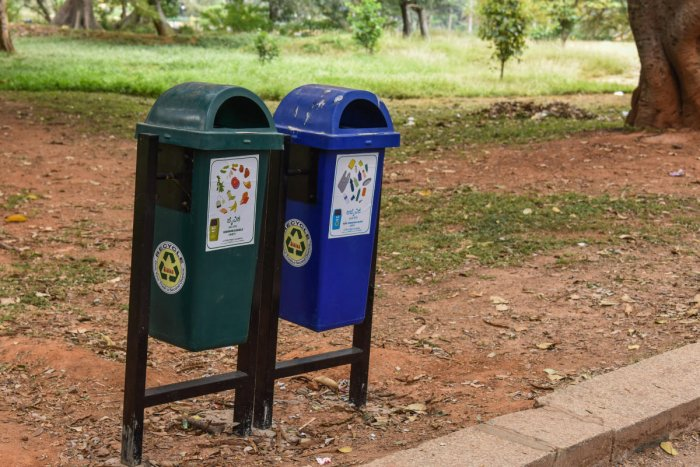 POOR PLANNING: The BBMP keeps changing the colour code for garbage bins leading to confusion among resident. (DH File Photo)