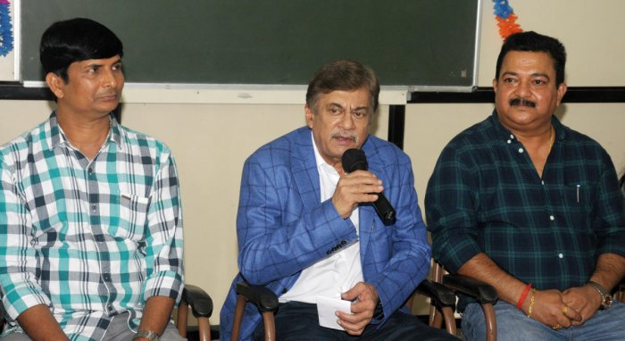 Actor Ananth Nag speaks to mediapersons in Mangaluru.