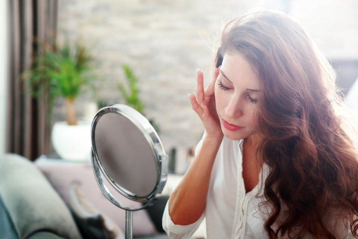 Harsh sunlight and extreme heat will lead redness of the skin, rashes, severe tanning and premature lines and wrinkles.