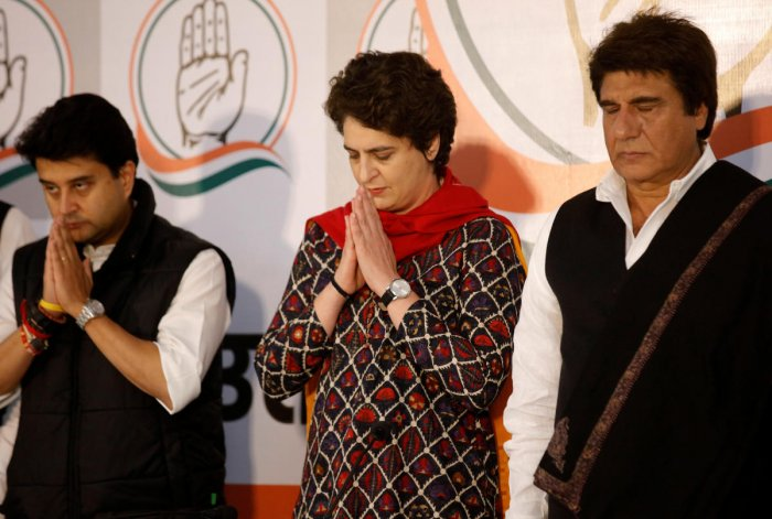 Congress leaders Jyotiraditya Scindia, Priyanka Gandhi Vadra, and Raj Babbar pay tribute to Central Reserve Police Force (CRPF) personnel who were killed in an explosion in south Kashmir, after attending a news conference in Lucknow on February 14, 2019.