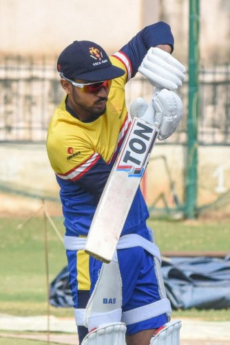 Skipper Manish Pandey struck 39-ball 74 to help Karnataka beat Assam in their Syed Mushtaq Ali Trophy T20 opener in Cuttack on Thursday. DH File Photo