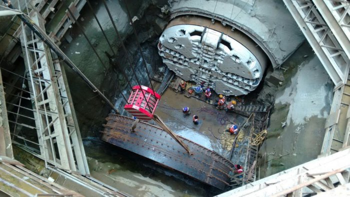 The new cutter head of the tunnal Bowring machine Godhavari fitted in to the machine by the Namma Metro workers near Sampige station in Bengaluru on Monday. PHOTO BMRCL.The damage to the cutter-head of the Godavari Tunnel Boring Machine in April 2014 sta