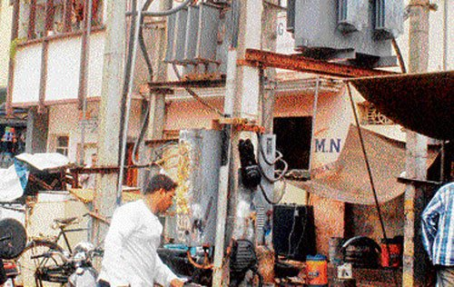 Transformer failures, not tech problems, to blame for power cuts