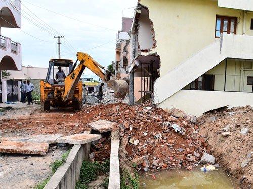Demolition victims say BBMP using wrong map