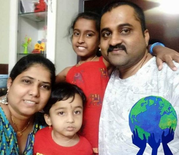 Vivek Nayak with his wife Reshma and children.