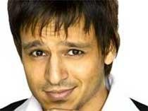 Vivek Oberoi touched after visiting Chiranjeevi