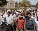 Hundreds march for Telangana state