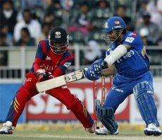 Mumbai Indians lose as McKenzie, Quinton shine for Lions