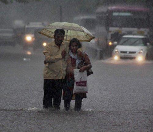 Monsoon arrives in Mumbai