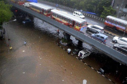 Torrential rain torments Mumbai