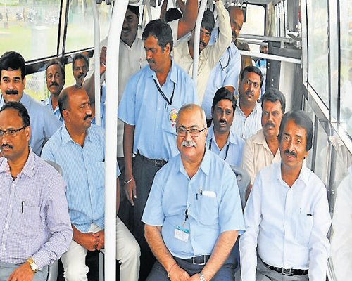 KSRTC buses connect Note Printing Press again