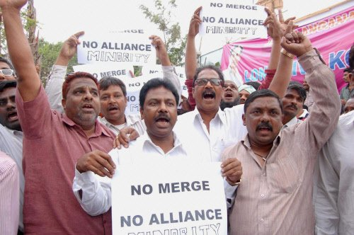 Telangana Cong leaders against any electoral alliance