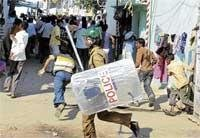 Violence continues in Telangana region