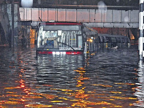 BMTC seeks damages from Palike for submerged buses