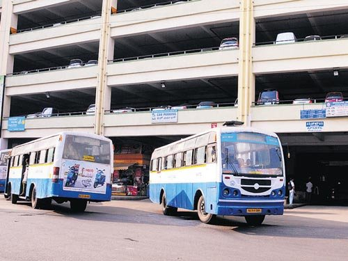 BMTC may paint all its buses blue and white