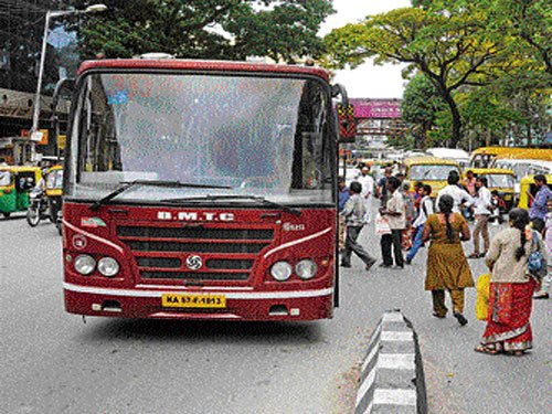 Traffic violations by BMTC buses: Cops to recommend suspension of driver's licen