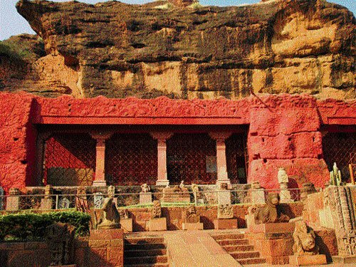 State to prepare action plan to develop heritage town Badami